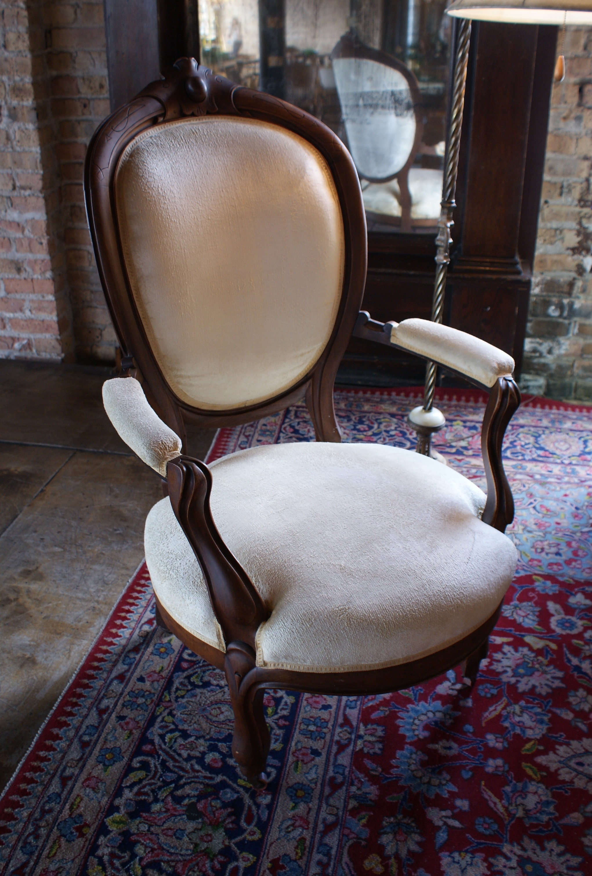 Cream Victorian Parlor Chair W Oval Back