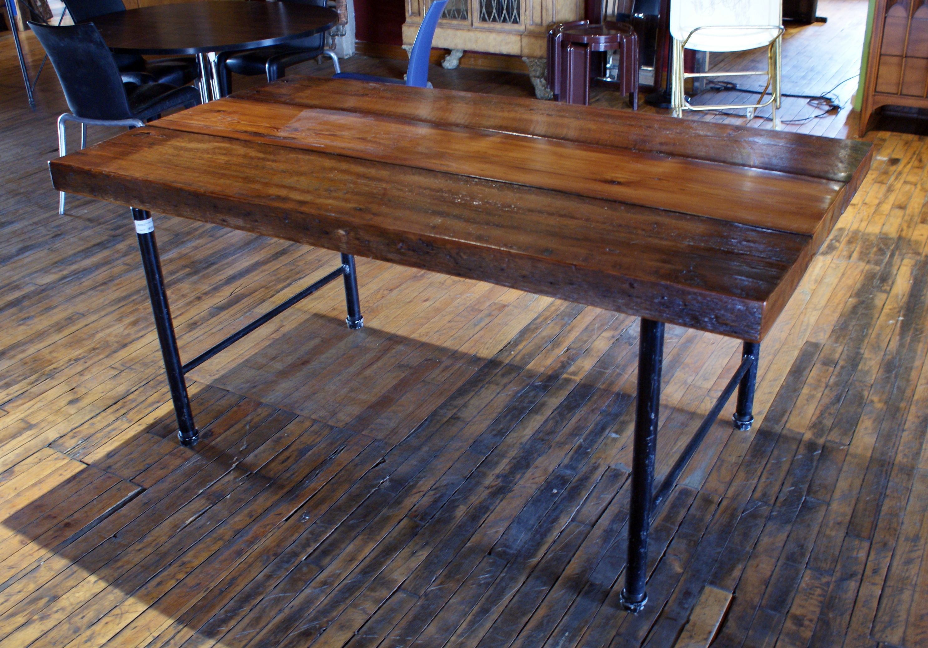 Old Growth Table W Black Pipe Legs