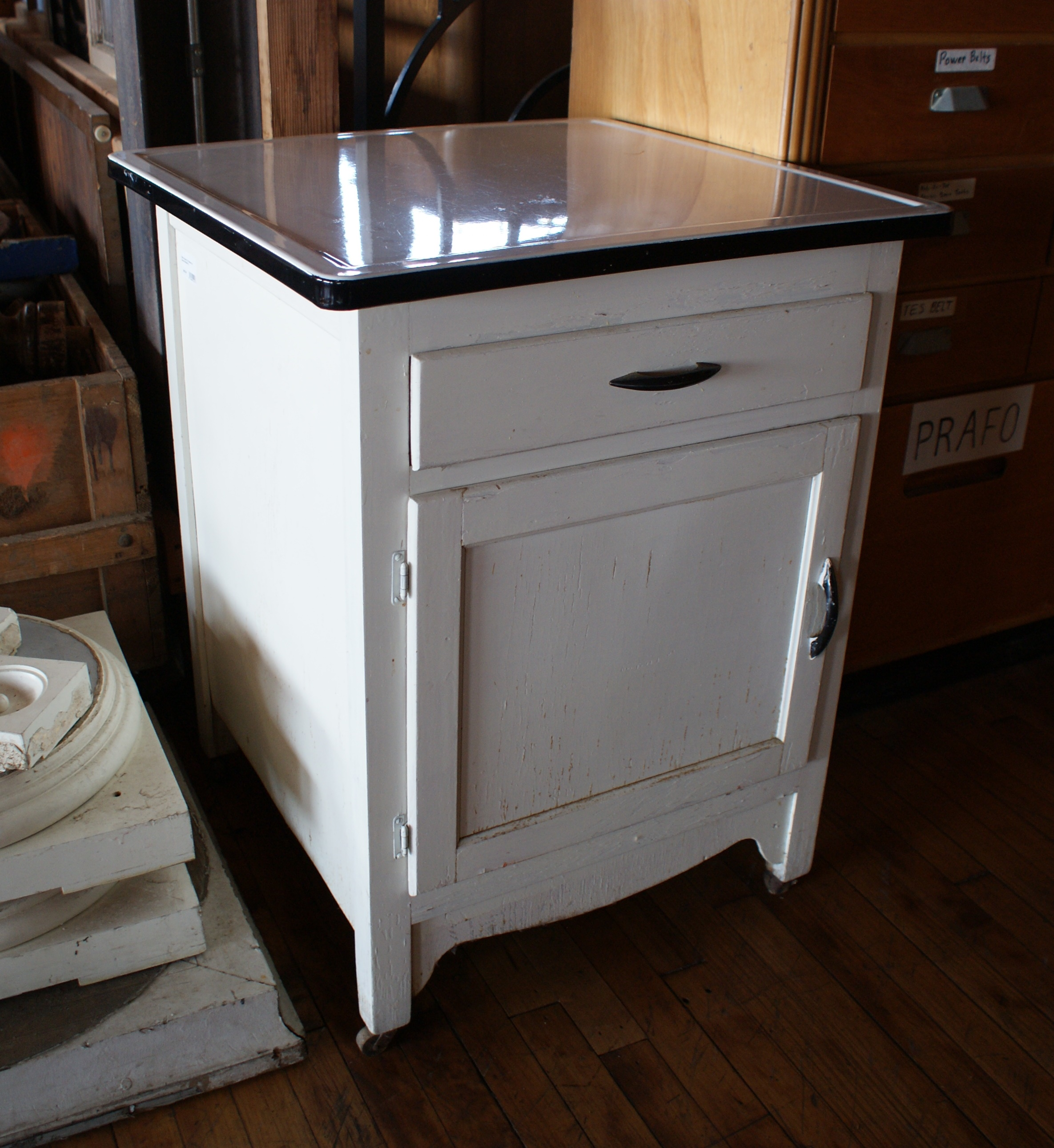 Home furniture storage white enamel top cabinet on casters