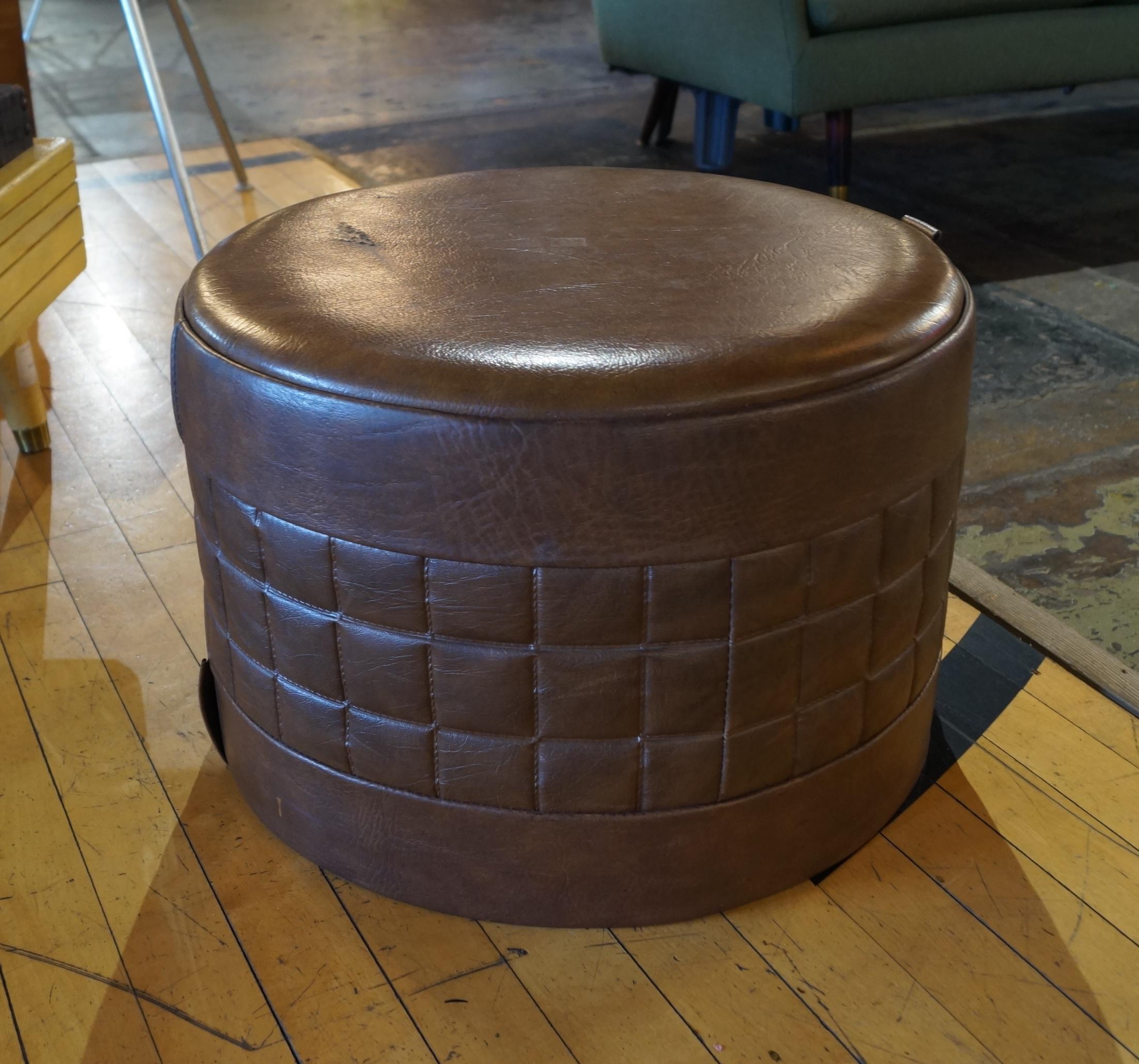 Cool Vintage Brown Vinyl Round Ottoman Salvage One Beatyapartments Chair Design Images Beatyapartmentscom
